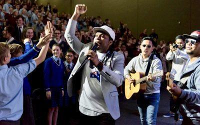 Konser sekolah Michael J di Australia